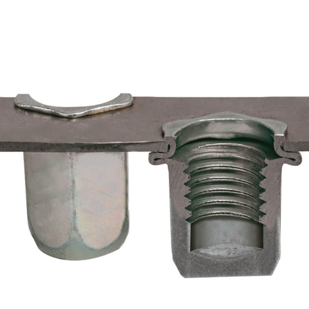 Nitonakrętka sześciokątna zamknięta M16 ERC widok po zanitowaniu
